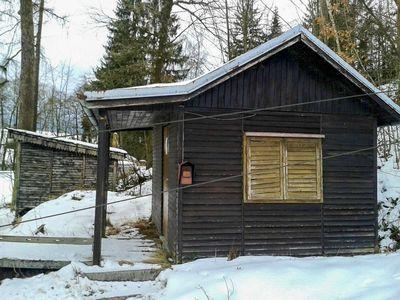 2017 – Chata u spodní stanice háčkového vleku stojí dodnes. Sloužila jako zázemí pro lyžařský oddíl. Foto: Viktor Vácha